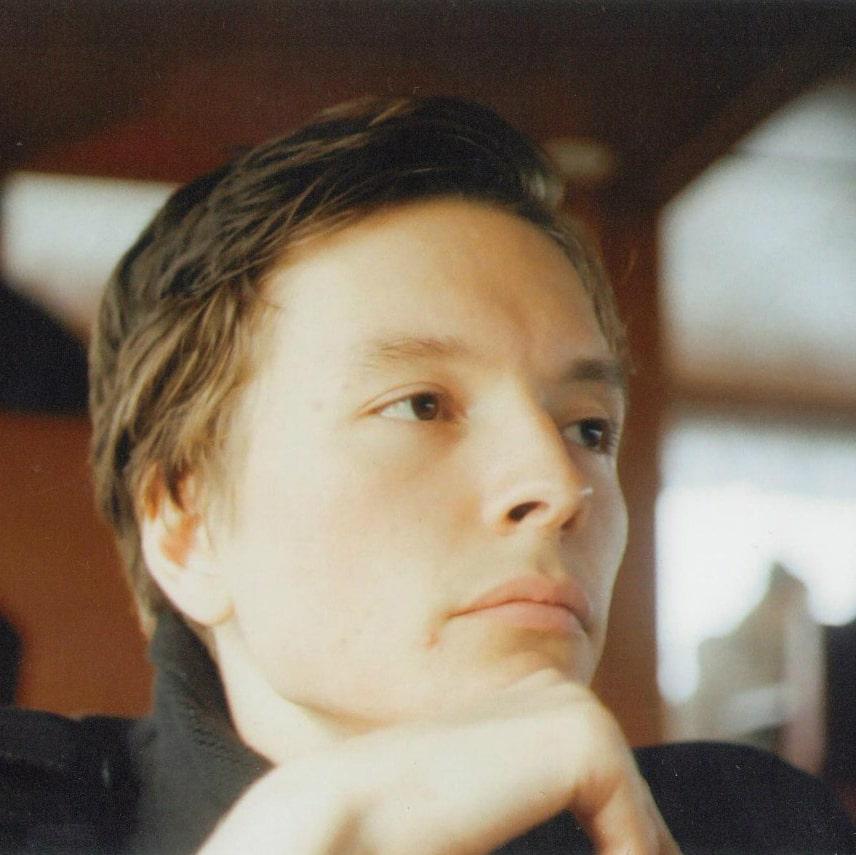 Андрей Василеьв